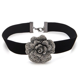 Acrylic Flower Decorated Black Velvet Choker Necklace