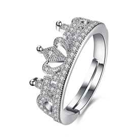Charming Crown Design Opening Ring