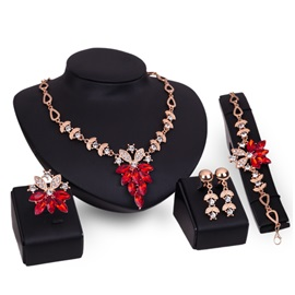Maple Leaf Shaped Stone Diamante Water Drop Hollow Alloy Chain Classic Jewelry Sets