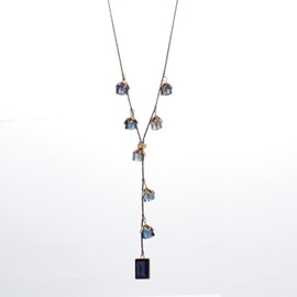 Floral Shape Artificial Crystal Snake Chain Pendant Necklace