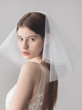 Cut Edge Two-Layer Hollow Wedding Veil 2019