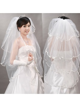 Elbow Polylaminate Wedding Veil With Lace Applique Edge