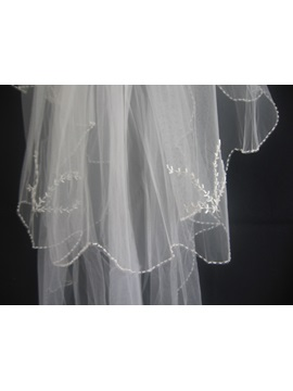 Delicate Fingertip Wedding Veil With Pearl Trim Edge