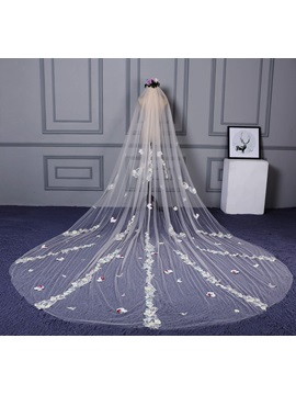 Beautiful One Layer Appliques Wedding Veil