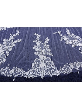 Beautiful One-Layer Appliques Wedding Veil