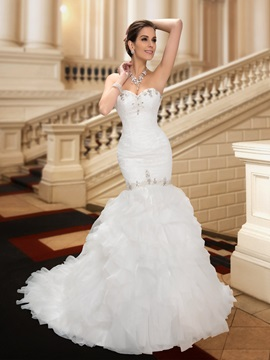 Sensual Beaded Sweetheart Ruffles Mermaid Lace Wedding Dress