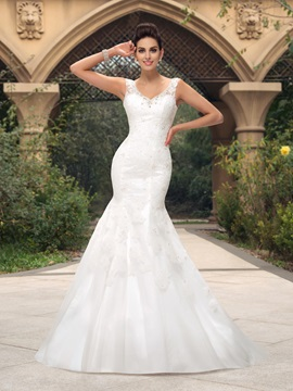 Dazzling Beaded V-Neck Floor Length Mermaid Lace Wedding Dress