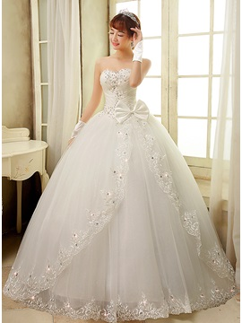 Bowknot Beaded Appliques Ball Gown Wedding Dress