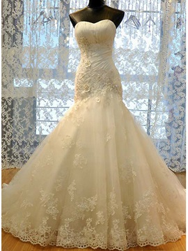 Beaded Lace Appliques Trumpet Wedding Dress