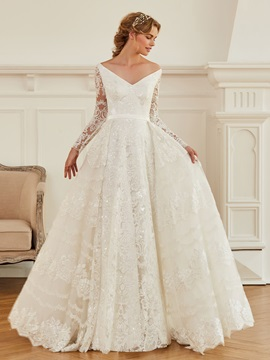 Splendid V-Neck Sequined Lace Wedding Dress with Long Sleeve