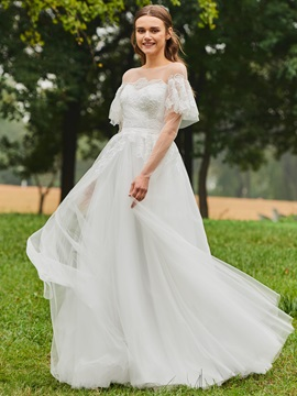 Sheer Neck Appliques Long Sleeve Wedding Dress