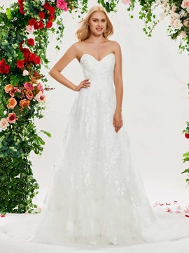 Sweetheart Neckline Appliques Lace-Up Wedding Dress