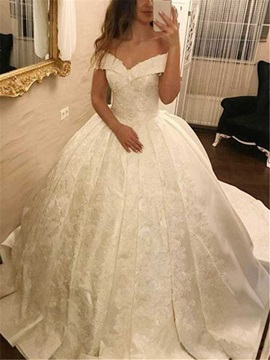 Chapel Train Off-The-Shoulder Lace Wedding Dress 2019