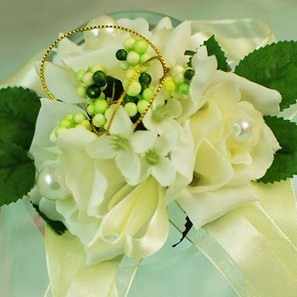 Pure Yellow Silk Cloth Flower Wedding Bridal Wrist Corsage