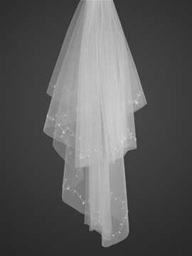Marvelous Fingertip Style Wedding Bridal Veil With Cut Edge