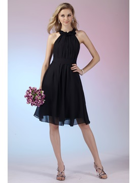 Cheap Flowers A-Line Halter Knee-length Dasha's Bridesmaid Dress & fairytale Bridesmaid Dresses
