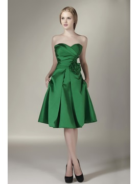 Pretty Strapless Ruched Sweetheart Knee Length Bridesmaid Dress & Bridesmaid Dresses from china