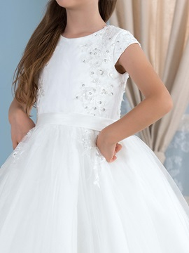 Admirable Beaded Lace Appliques Puffy Short Sleeve Flower Girl Dress