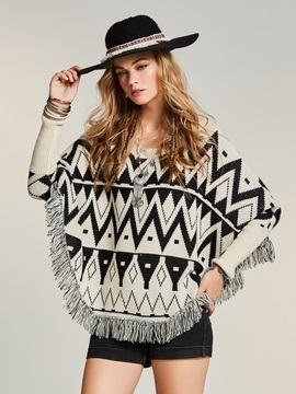 Geometric Pattern Jacquard Weave Tassel Cape Women's Sweater
