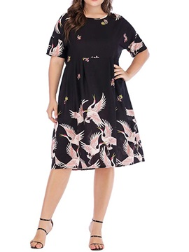 Knee-Length Short Sleeve Round Neck Plus Size Pullover Women's Dress