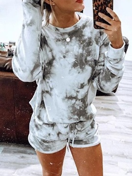Polyester Print Simple Long Sleeve Pullover Women's Pajama Suit