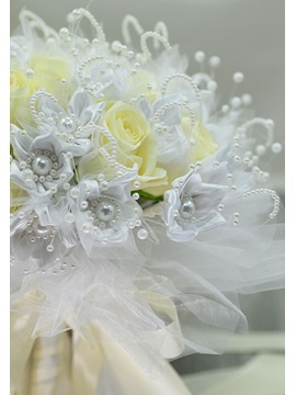 Delicate Pearl White Cloth Yellow Flowers Rose Bridal bouquet