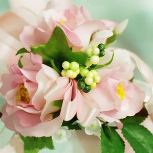 Remarkable Pink Silk Cloth Flower Wedding Wrist Corsage for Bride