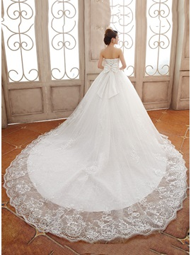 Luxurious Strapless Appliques Floor-length A-Line Lace-up Wedding Dress & Wedding Dresses under 300