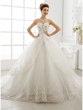 Stunning Beaded Sweetheart Ball Gown Lace Cathedral Wedding Dress & casual Wedding Dresses