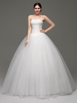 Pure Sweetheart Neckline Lace Ball Gown Tulle Wedding Dress & inexpensive Wedding Dresses
