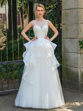 Superior Scoop Neck Beading Ruffles Wedding Dress