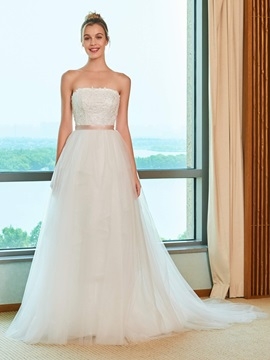 A-Line Appliques Beading Strapless Wedding Dress