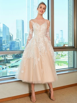 Appliques Tea-Length Wedding Dress with Long Sleeve