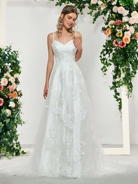 Spaghetti Straps Lace Appliques Wedding Dress