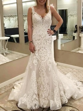 Button Straps Lace Appliques Mermaid Wedding Dress 2019