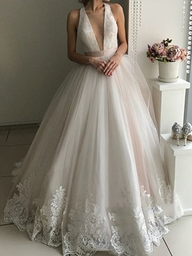 Deep V-Neck Lace Appliques Wedding Dress 2019