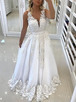 Lace Appliques Pearls Wedding Dress 2019