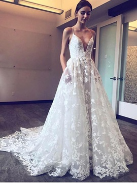 Spaghetti Straps Court Train Pockets Lace Wedding Dress 2019