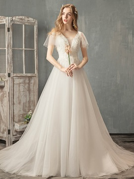 Short Sleeves A-Line Appliques V-Neck Hall Wedding Dress 2019