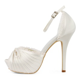 Enchanting Satin Stiletto Heels Peep-toe Wedding Shoes