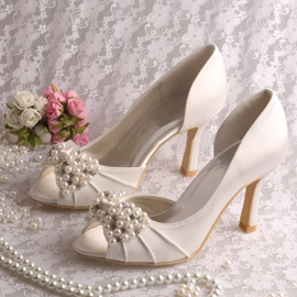 Elegant Pearls Embellishing Peep Toe High Heel Wedding Shoes