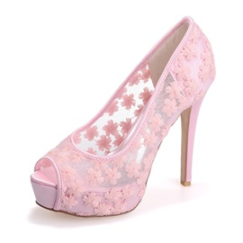 Sweet Embroidered Peep-Toe Lace Wedding Shoes