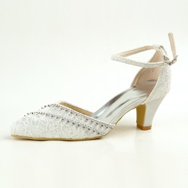 Lace Rhinestone Pointed Toe Wedding Shoes