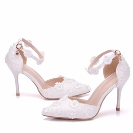 PU Floral Beads Line-Style Buckle Wedding Shoes