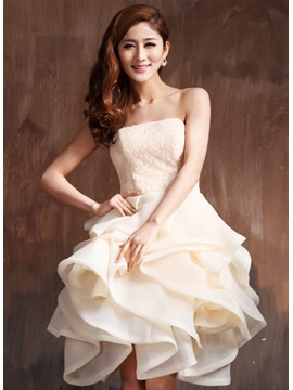 Cute Strapless Lace Ruffles Lace-up Knee-Length Sweet 16 Dress