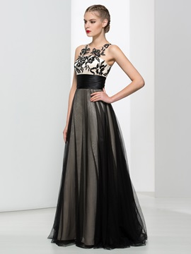 Straps A-Line Embroidery Black Evening Dress