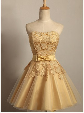 Simple Sweetheart Lace Bowknot Short Sweet 16 Homecoming Dress