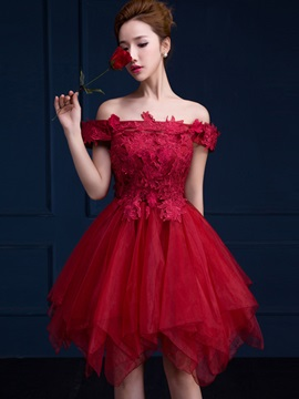 Modern Off-the-Shoulder Lace Short Sweet 16 Dress
