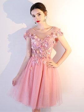 Charming A-Line Appliques Cap Sleeves Scoop Mini Homecoming Dress & fairytale Sweet 16