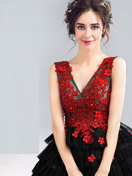 V-Neck Appliques A-Line Beaded Homecoming Dress